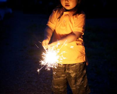 おもちゃの花火の危険性と害