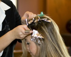 haircoloring_by_wikimediacommons